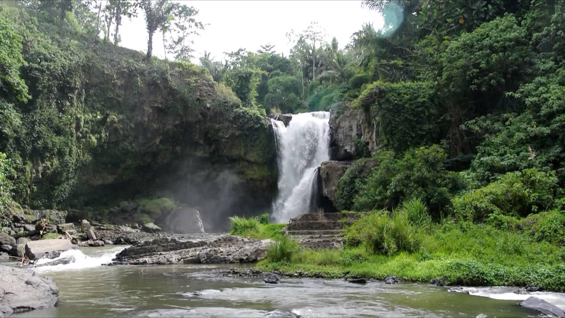 Tegenungen Waterfall